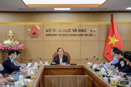 Bộ trưởng Phùng Xuân Nhạ: Chuẩn bị sẵn sàng các kịch bản năm học