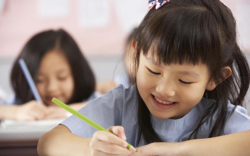 Việc không giao bài tập về nhà cho học sinh nhận được nhiều ý kiến tranh luận là nên hay không nên.