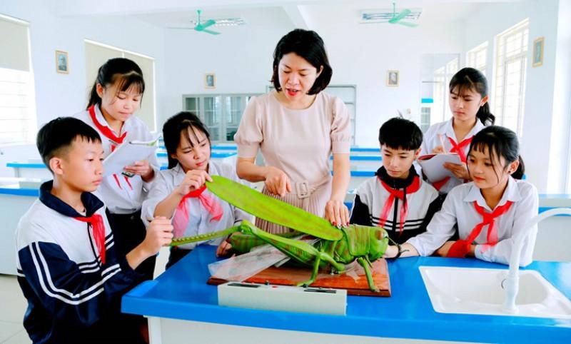 Để Giáo dục và đào tạo là quốc sách hàng đầu