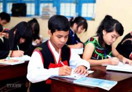 Hoàn thiện chính sách giáo dục cho đồng bào dân tộc thiểu số, miền núi