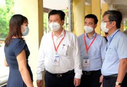 Thứ trưởng Nguyễn Hữu Độ kiểm tra công tác coi thi tốt nghiệp tại tỉnh Hưng Yên
