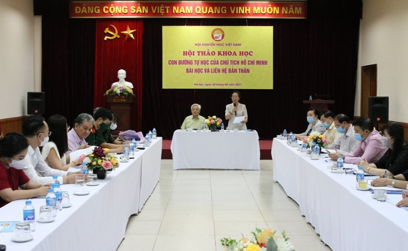 """""""Con đường tự học của Chủ tịch Hồ Chí Minh - Bài học và liên hệ bản thân"""""""