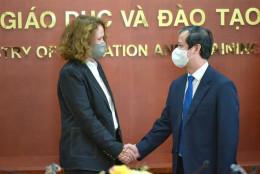 Bộ trưởng Nguyễn Kim Sơn tiếp Giám đốc Ngân hàng Thế giới tại Việt Nam